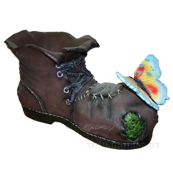 Кашпо декоративное Ботинок великана с бабочкой L43W26H25 см оптом