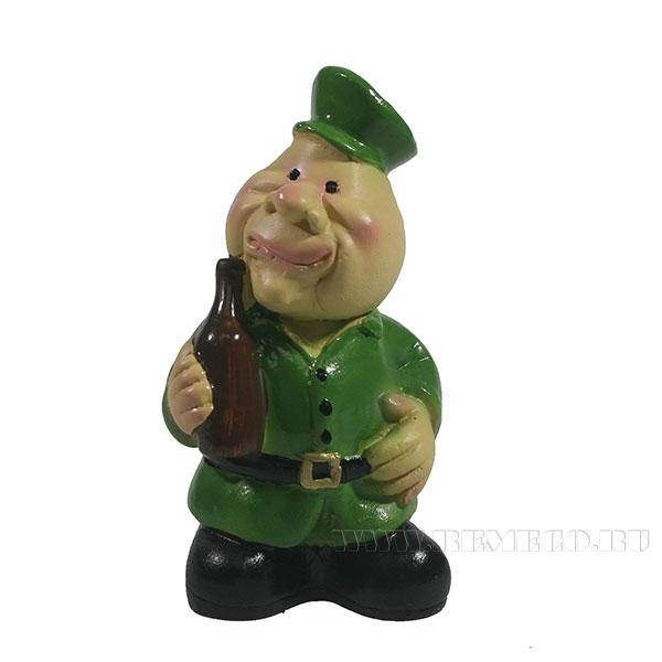 Фигура декоративная Солдат с бутылкой L4.5W3H9см оптом