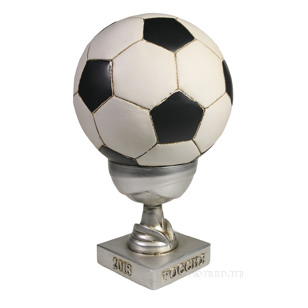 Копилка Мяч в маленьком кубке (кубок- серебро) L15W15H22 оптом