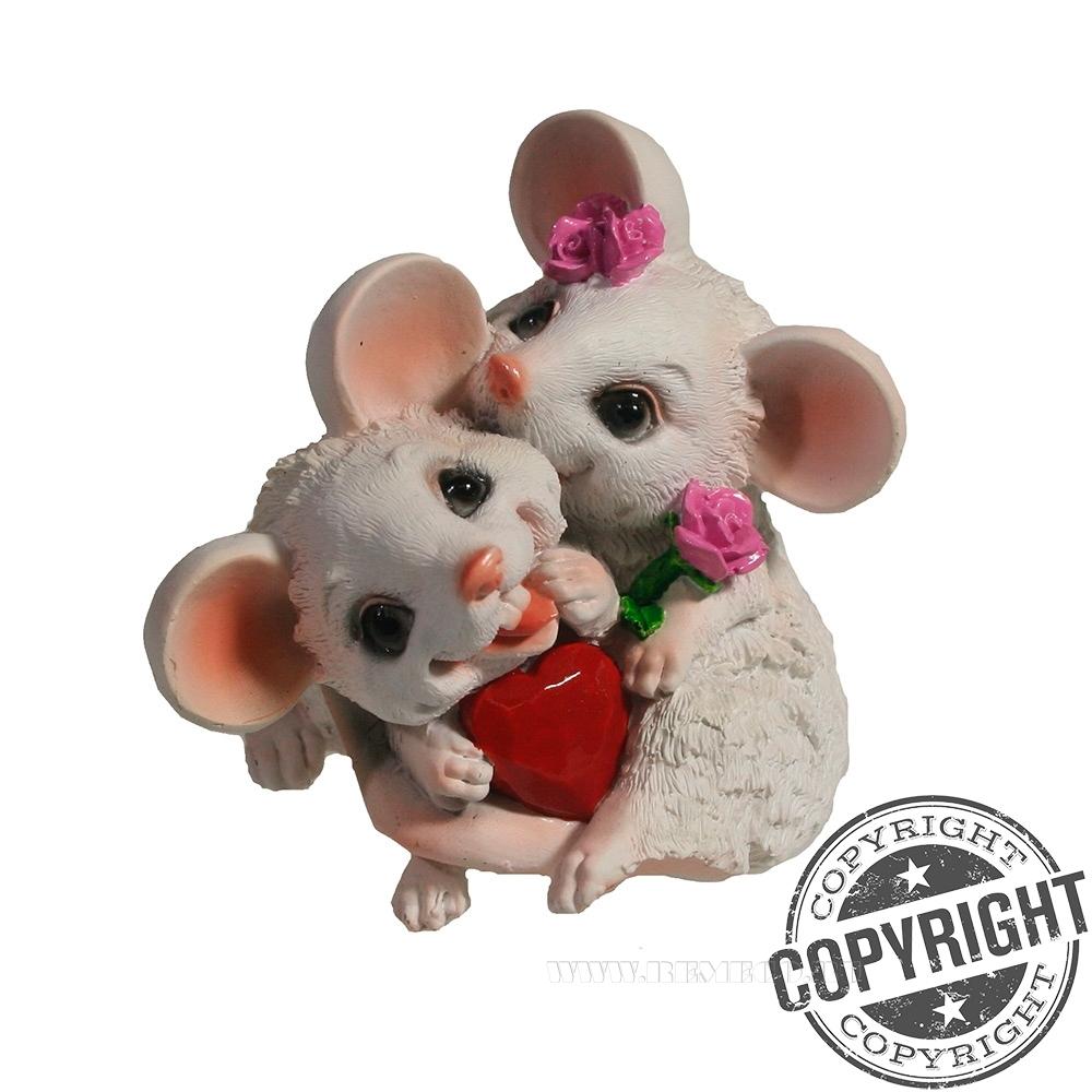 Фигурка декоративная Влюбленные мышата (белый) L8 W7 H12,5 см оптом