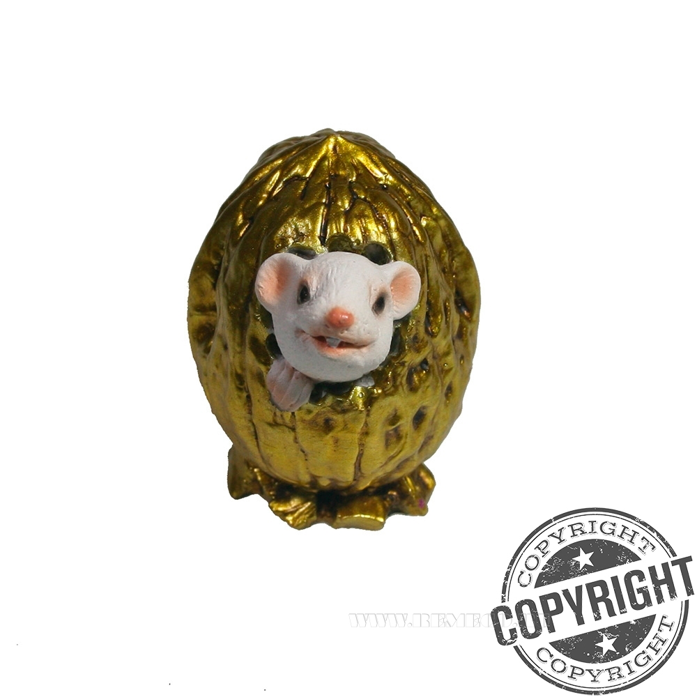 Фигурка декоративная Белый Джим в орешке (золото) L5 W4 H4 см оптом