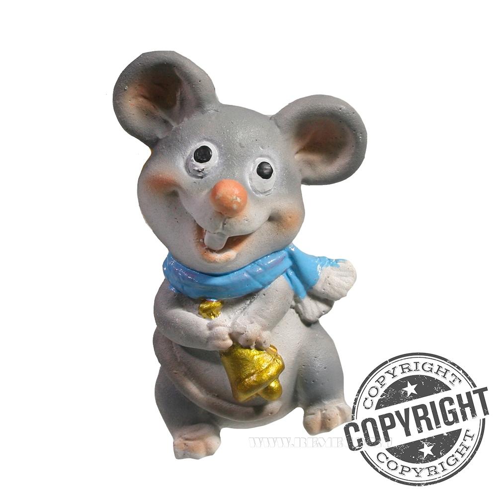 Магнит Мышь с колокольчиком (голубой шарф) L4 W2,5 H6,5 см оптом