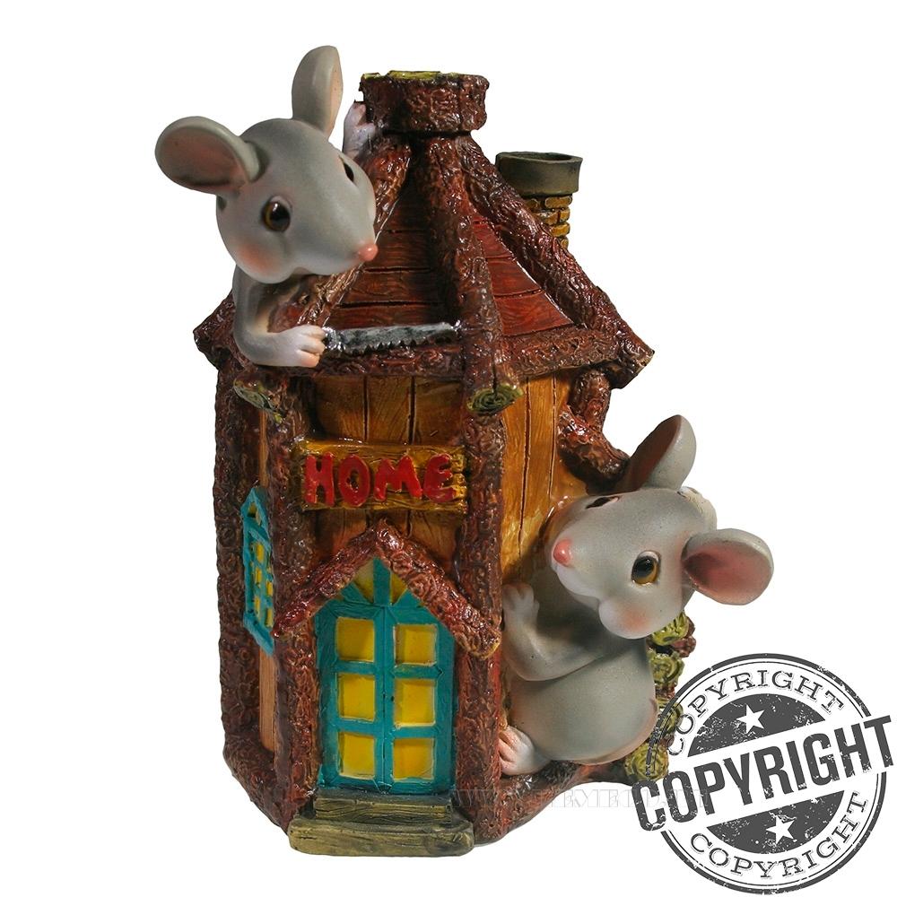 Копилка Мышки в деревянном домике L12 W12 H16 см оптом