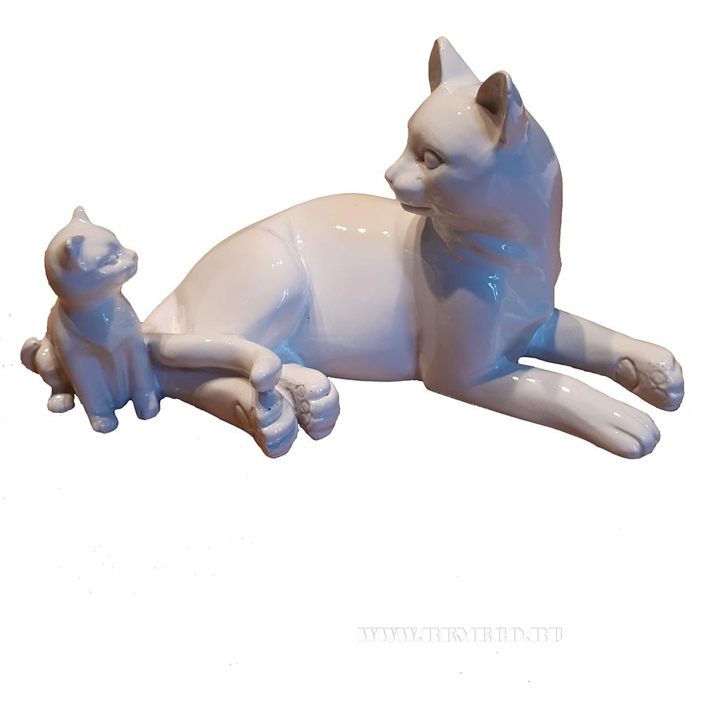 фигура декоративная Кошка с котенком (белый глянец) L17W9H9 см оптом