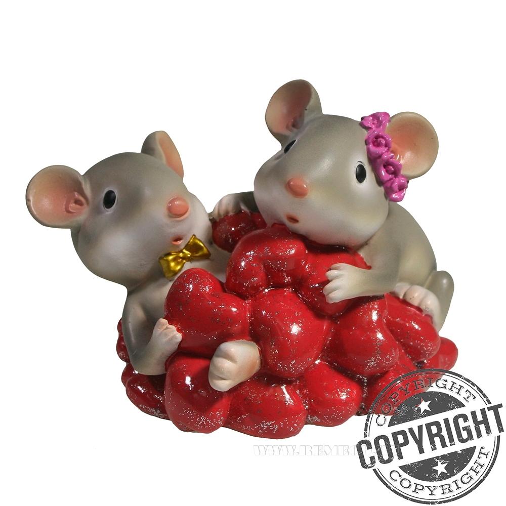 Копилка Пара влюбленных мышек (серый) L8 W11 H8,5 см оптом