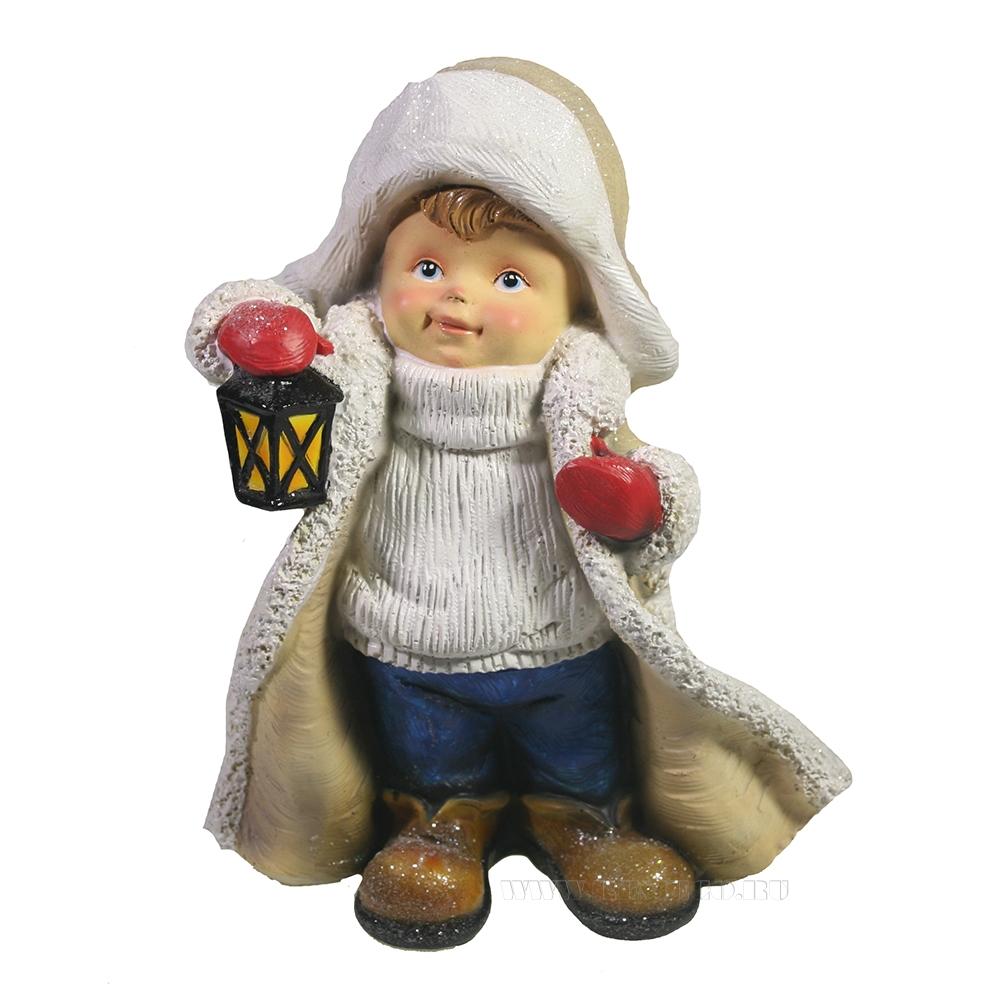Фигура декоративная Мальчик в тулупе с фонарем L9,5W14,5H17,5 оптом