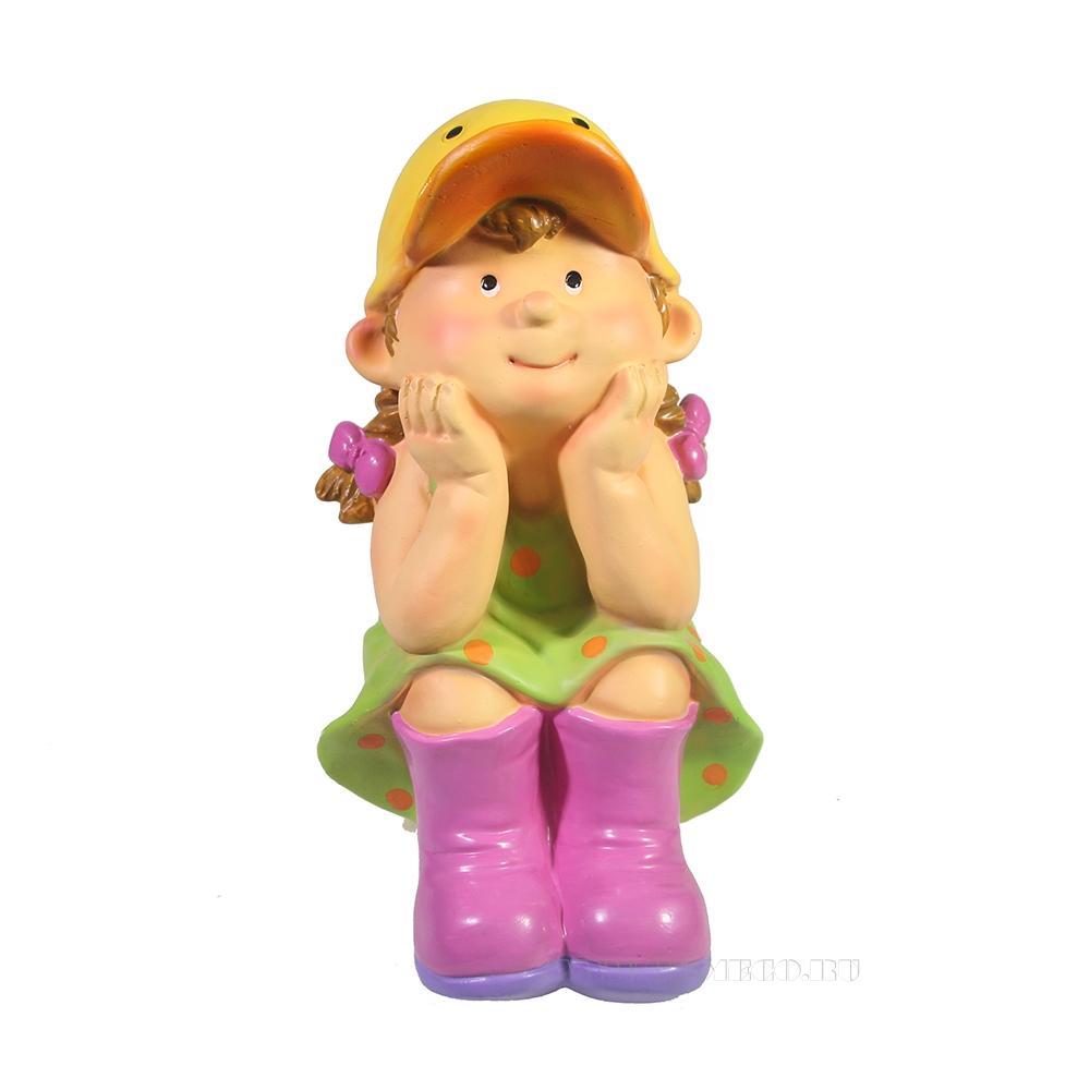 Фигура декоративная Девочка в кепке-уточке L14W12H19 оптом