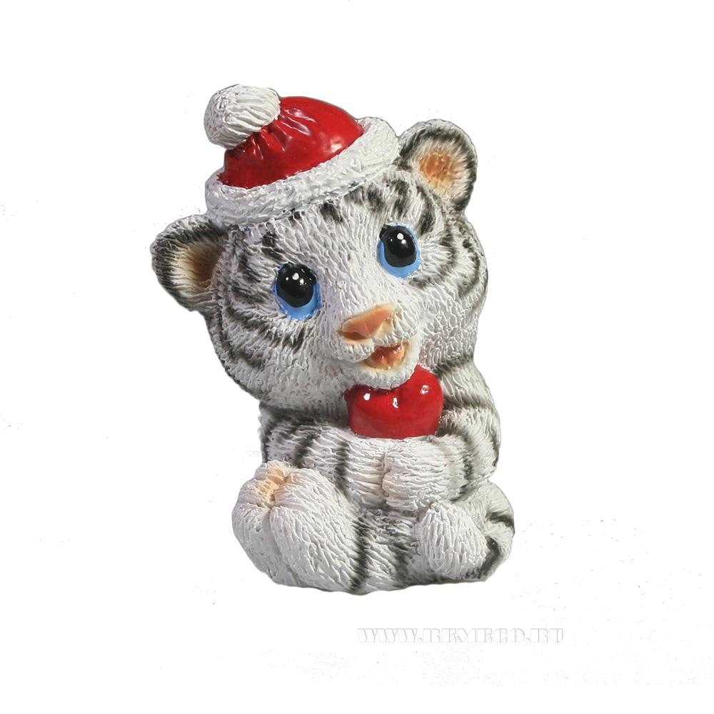 Фигура декоративная Застенчивый тигрёнок с сердечком (белый)L4W3H4см оптом
