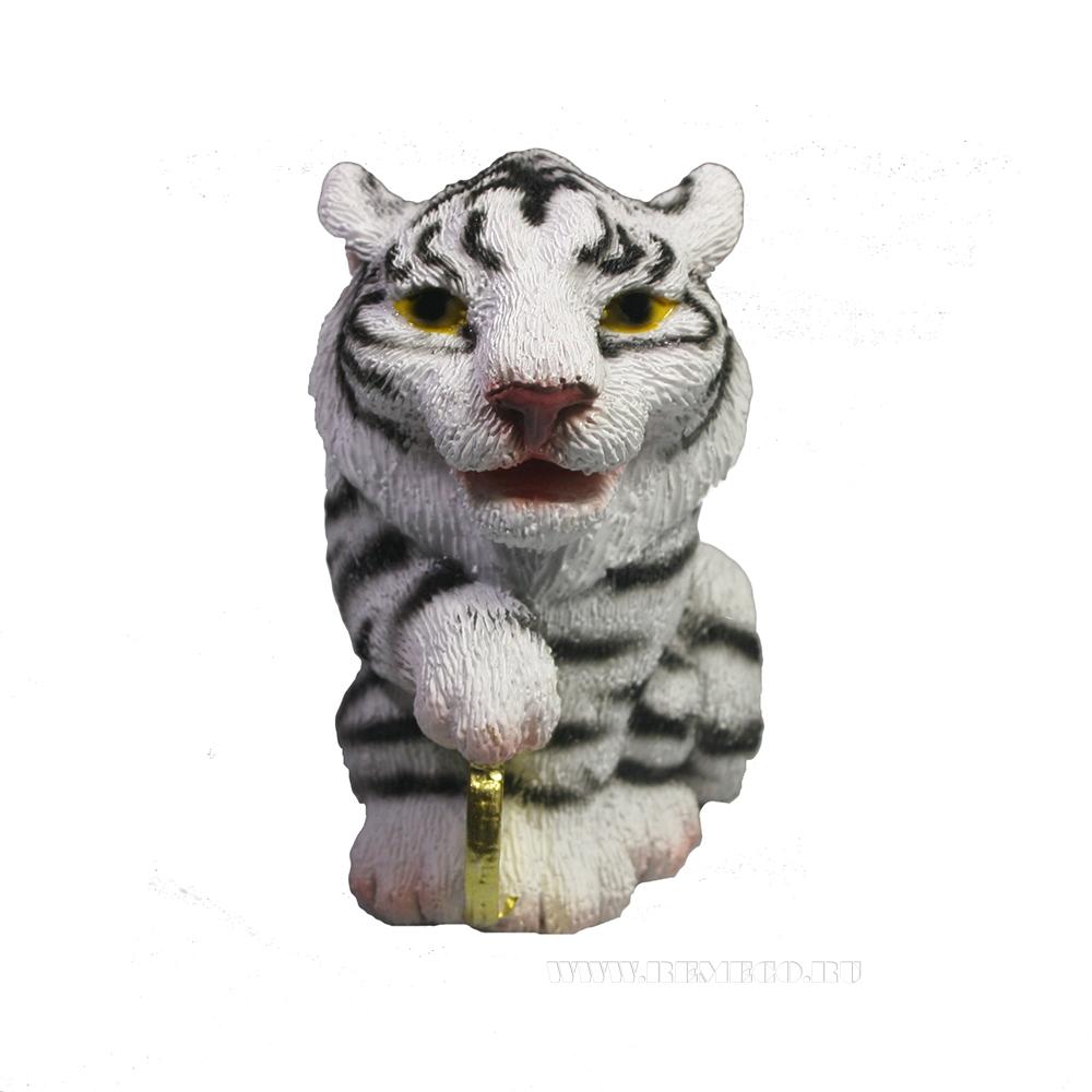 Фигура декоративная Тигр с рублем (белый) L4,5W5,5H6 оптом