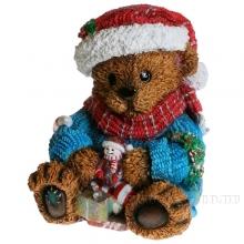 Фигура декоративная Медвежонок с подарком  L21W21H24 см