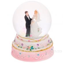 Фигурка декоративная в стеклянном шареЖених и невеста с подсветкой, Н 12,5 см