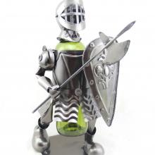 Подставка для бутылки Рыцарь, L17,5 W16 H30 см