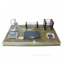 Настольный набор (блокнот, карандашница, визитница, калькулятор,часы), L49 W26